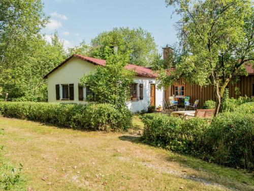 . Classy Holiday Home in Schnabelwaid bei Bayreuth with Sauna