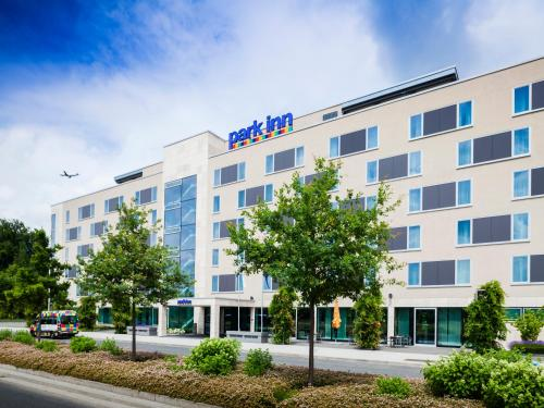 Park Inn by Radisson Frankfurt Airport photo 2