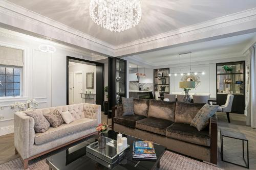 4 Bedroom Luxury flat, Central London