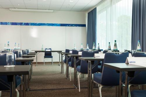Park Inn by Radisson Frankfurt Airport photo 22