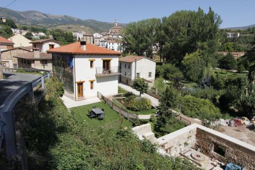 Apartamentos teletrabajo accesibles La Rioja - Apartment - Torrecilla en Cameros