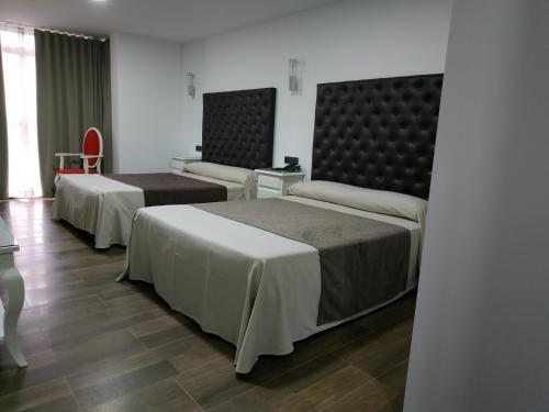 . Hotel Julián