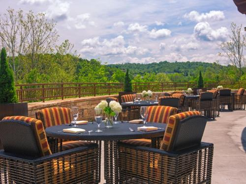 Marriott Meadowview Conference Resort & Convention