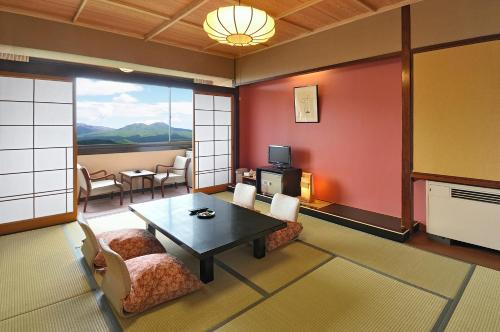 日式經濟四人間 (Japanese-Style Economy Quadruple Room )