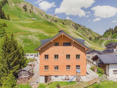 Haus Berghof - Accommodation - Schröcken