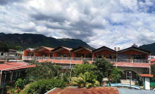 . Hotel Playa Linda
