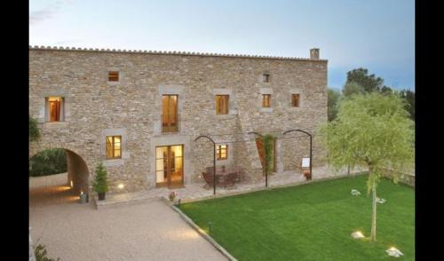 Fontclara Villa Sleeps 4 with Pool and Air Con - Accommodation - Fontclara