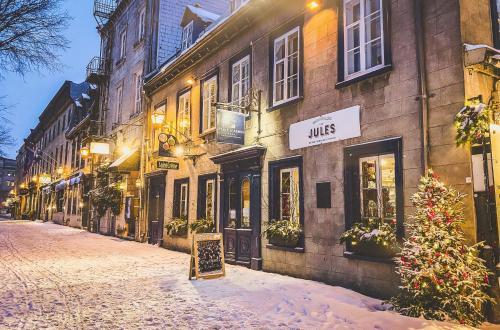 Auberge Place d'Armes - Accommodation - Quebec City