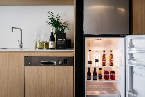 Nishi Apartments Eco Living by Ovolo - Accommodation - Canberra