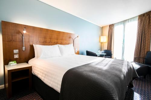 Holiday Inn London Camden Lock, an IHG Hotel - image 5