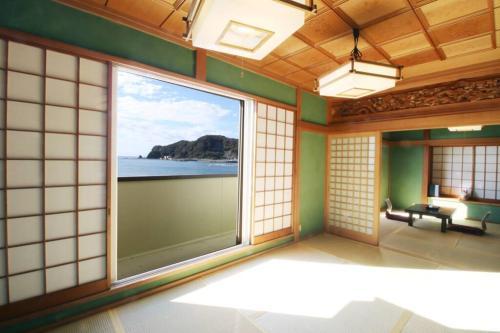 Accommodation in Kamogawa