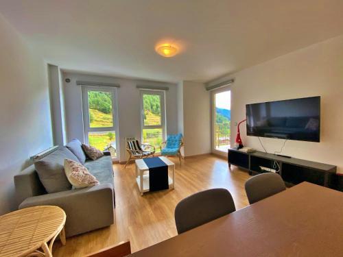 Ribasol 645, apartamento hasta 6 personas, Arinsal - Apartment - Pal-Arinsal