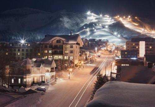3 Bedroom Ski View Penthouse with private Jacuzzi