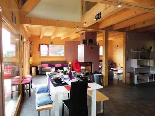 Chalet de 5 chambres a Les Gets avec magnifique vue sur la montagne jardin amenage et WiFi - Les Gets