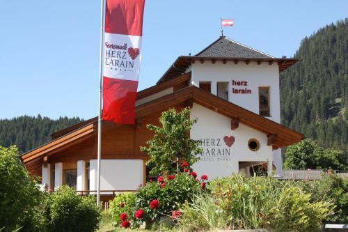 Hotel Herz Larain Fiss