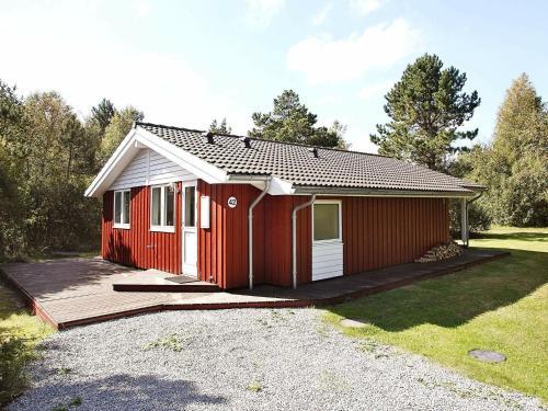 Three-Bedroom Holiday home in Ålbæk 58, Pension in Ålbæk