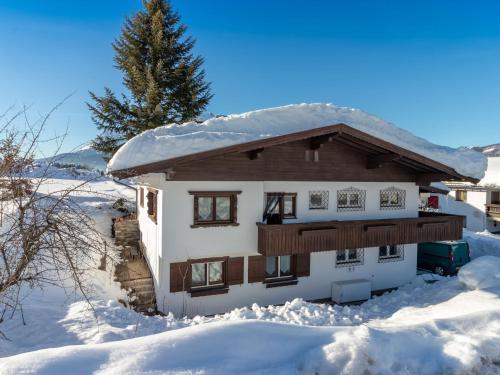 Spacious Holiday Home in St Johann near Ski Area - Alpendorf