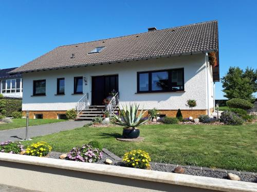 . Spacious Apartment in GrimbachEifel near Forest