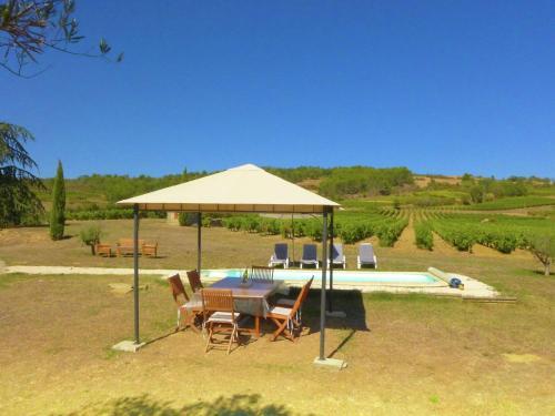 Holiday Home in Conilhac-de-la-Montagne with Pool - Location saisonnière - La Serpent