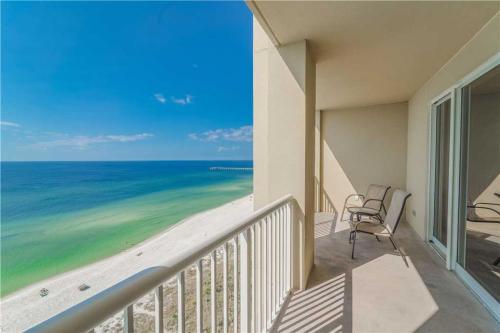 . Grand Panama 1302 - Tower I, 2 Bedrooms, Sleeps 8, Beachfront, Pool, Wi-Fi, Pet-Friendly