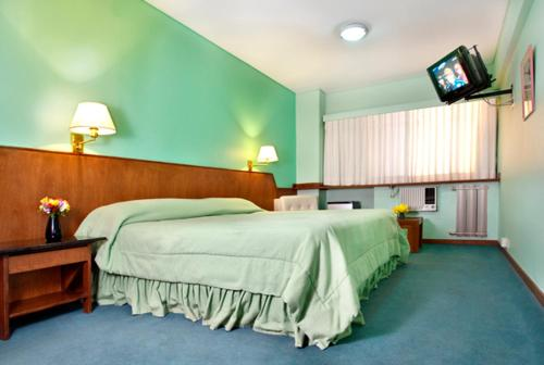 Фото отеля Quintana Hotel