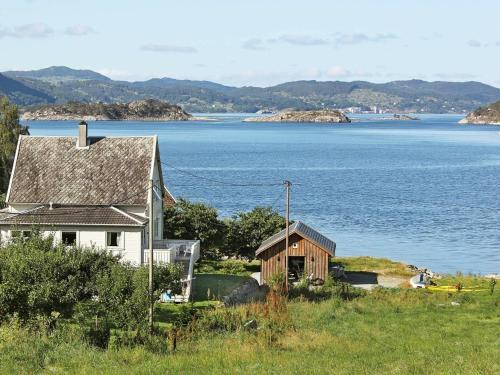 . Six-Bedroom Holiday home in Fister