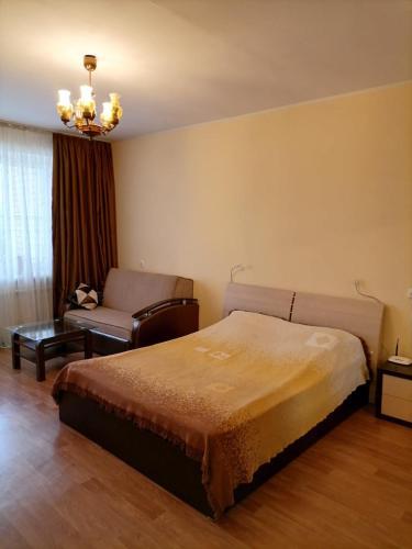 . Apartment on Priborostroiteley 40