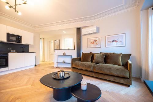 Luxury apartments in Paris Center - Hôtel - Paris