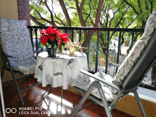 House with 2 bedrooms in Sevilla with furnished terrace and WiFi