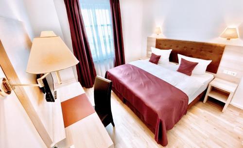 . Das Hotel Krone
