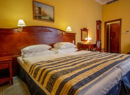 . Hotel Giovanni Giacomo