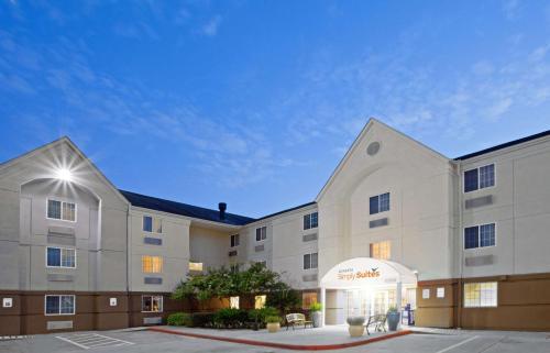 . Sonesta Simply Suites Houston City Centre