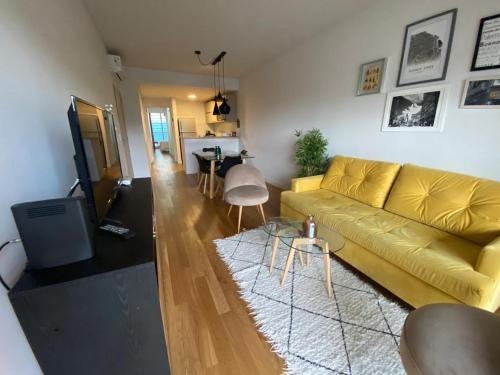 . Luminoso y amplio departamento 2 ambientes en Palermo Hollywood