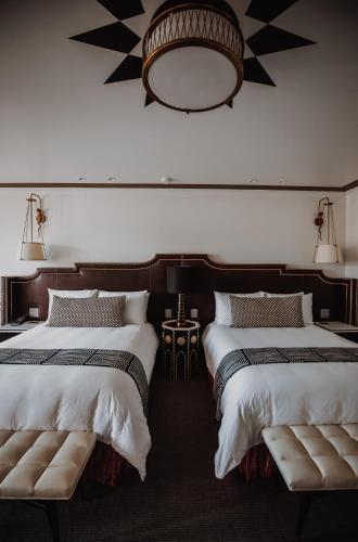 Hotel Californian - image 13