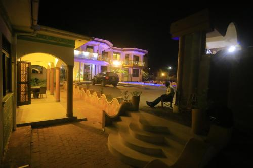 . Mowicribs Hotel and Spa
