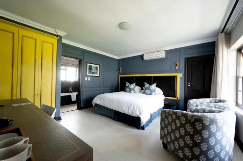 . Noordhoek Village Hotel