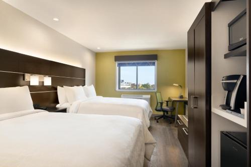 Holiday Inn Express - Jamaica - JFK AirTrain - NYC, an IHG Hotel - image 8