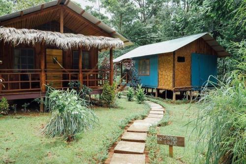 . Hidden Paradise Lodge