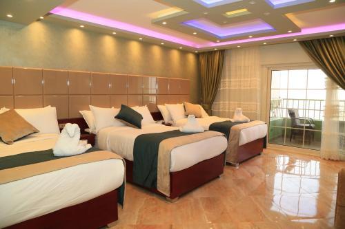 Grand Nile Royal Hotel at Nile Plaza - image 9