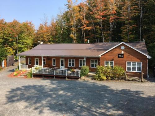 Superior Chalet 9 (15 adults)