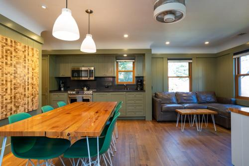 Cedar Crest - Mallard Cottage 5 - Homewood