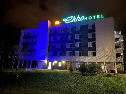 . Ekho Hotel Grenoble Nord Saint Egrève, Hotel Arena