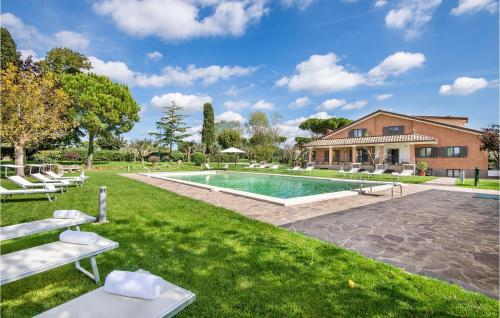 Stunning home in Anguillara Sabazia w/ Outdoor swimming pool and 11 Bedrooms - Anguillara Sabazia