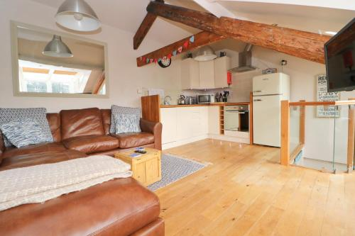 Town Centre Contemporary Cottage, Padstow, Cornwall