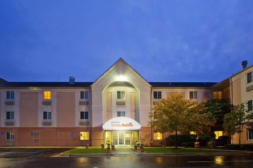 Sonesta Simply Suites Detroit Warren - Hotel