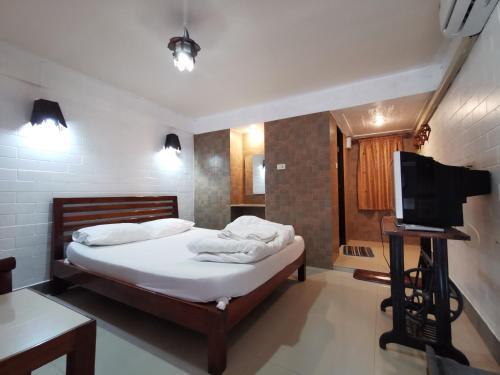 . Baanlanna Resort