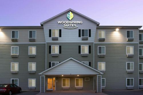 . WoodSpring Suites Clarksville Ft. Campbell