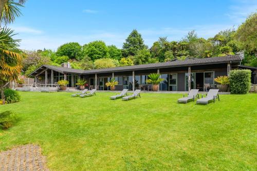 Koura Lodge - Accommodation - Rotorua