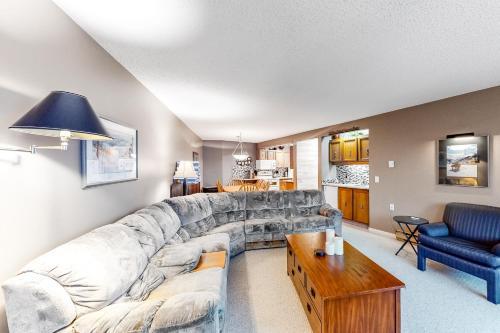 Ponderosa Inn 316 - Big White