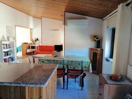 . Apartment with 2 bedrooms in Teulada
